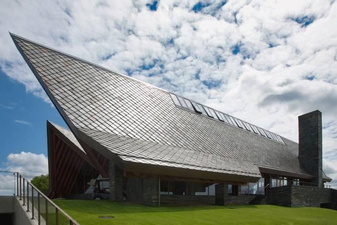 Otta firkantstein på tak fra MINERA SKIFER