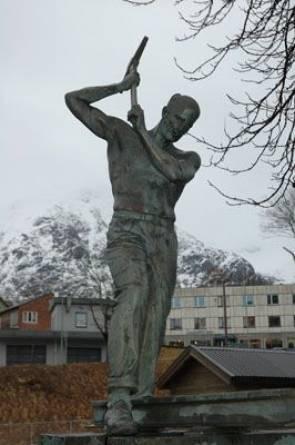 Rallaren i Åndalsnes. Foto: Nerlands Granittindustri AS